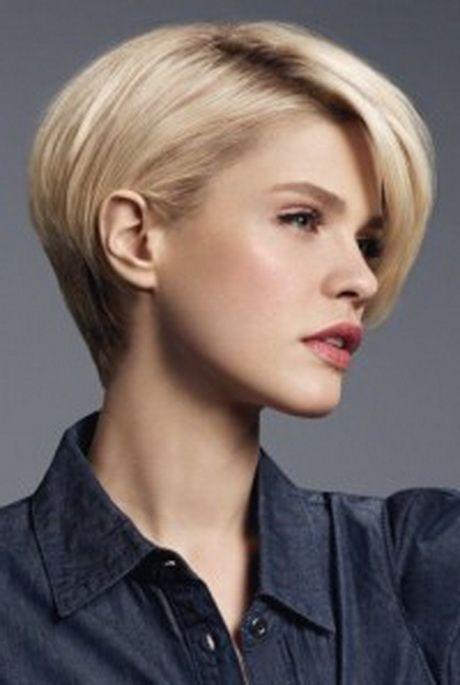 Coupe courte effet boule en 2020 Cheveux courts fins