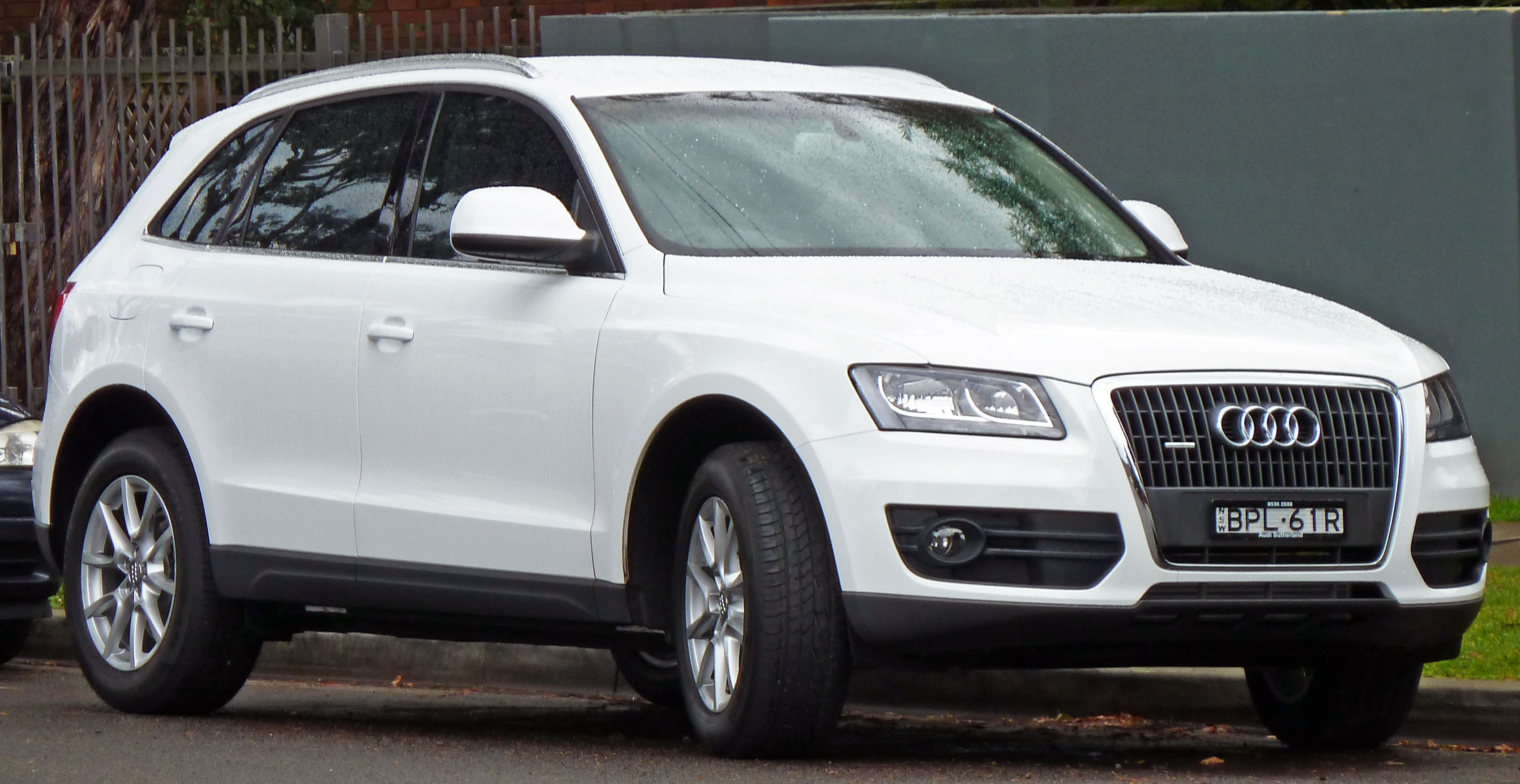 luxury car audi q5 in canada modern steel