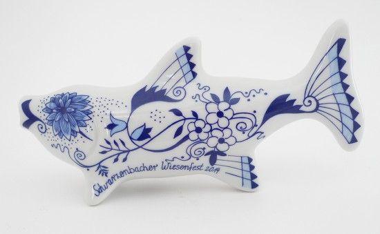 Porzellanfigur Zwiebelmusterfisch: Eine Hommage an Schwarzenbachs Porzelliner