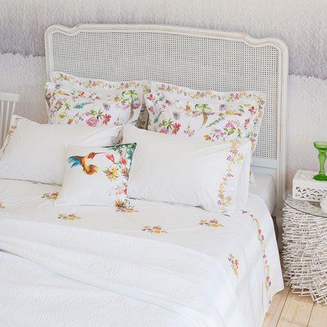 Perkal lakens en slopen met borduursel | Bedrooms and Room