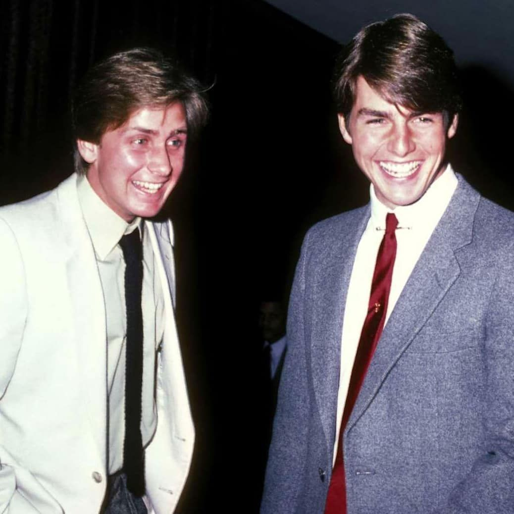 Old Brat Pack Pals Emilio Estevez And Tom Cruise Hanging Out Back In The Early 80 S Tomcruise Emili Emilio Estevez Tom Cruise Brat Pack