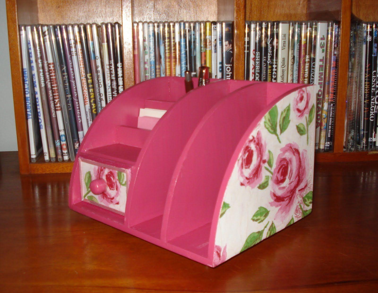 organizador de escritório que pode ser feito com papelão + papel ou tecido