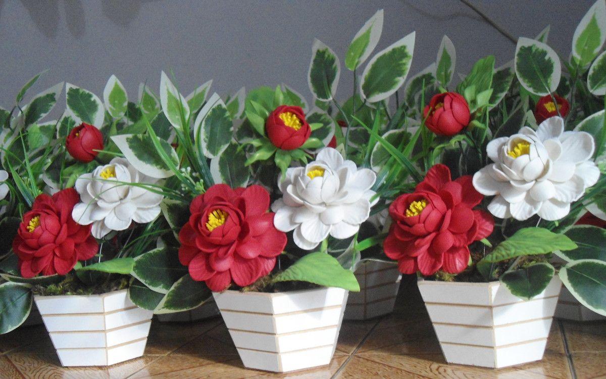 Arranjo Flores Em Eva Camelia Com Imagens Flores Em Eva