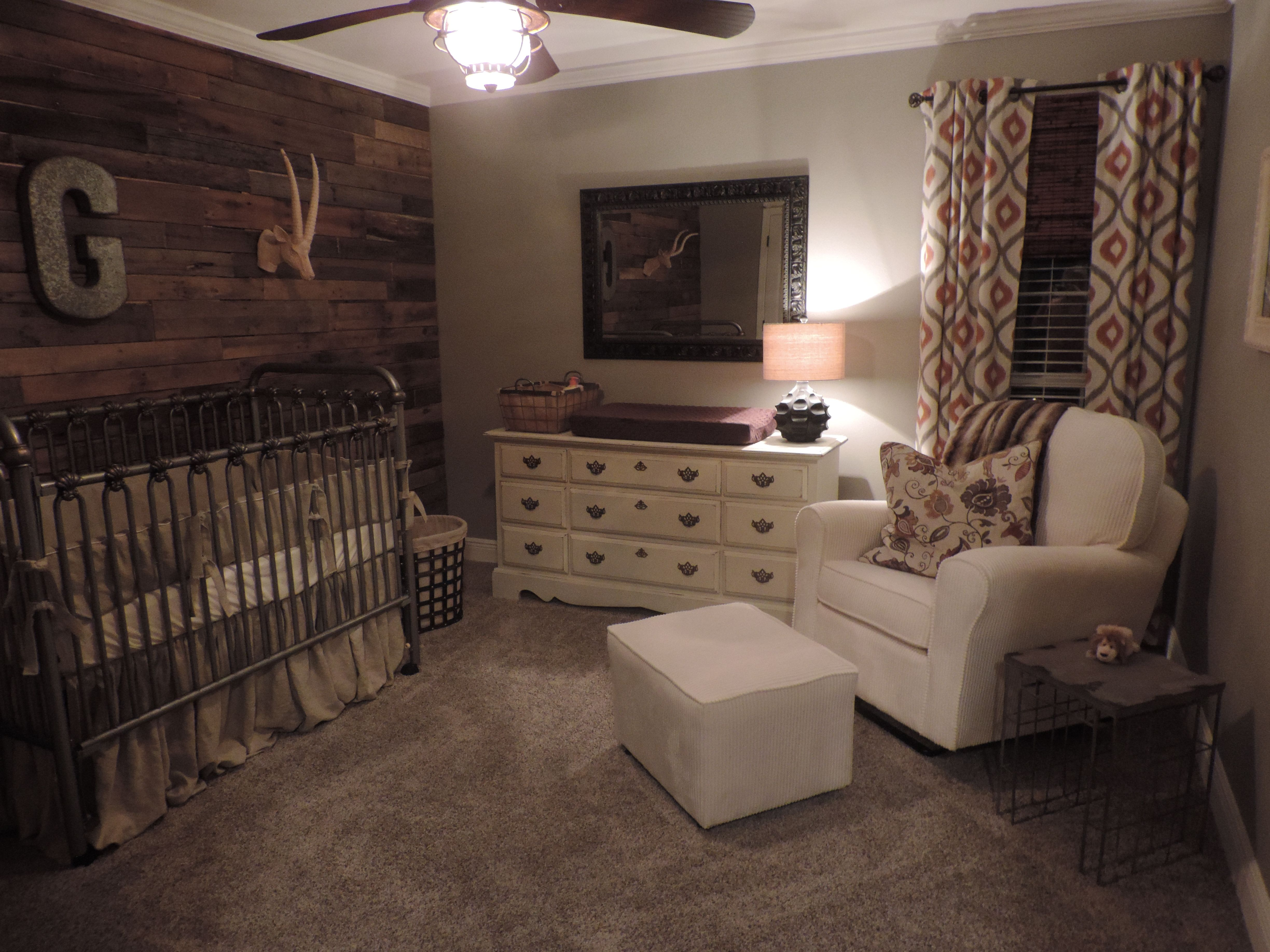 Rustic Nursery I Love The Pallet Wall Definently Doing