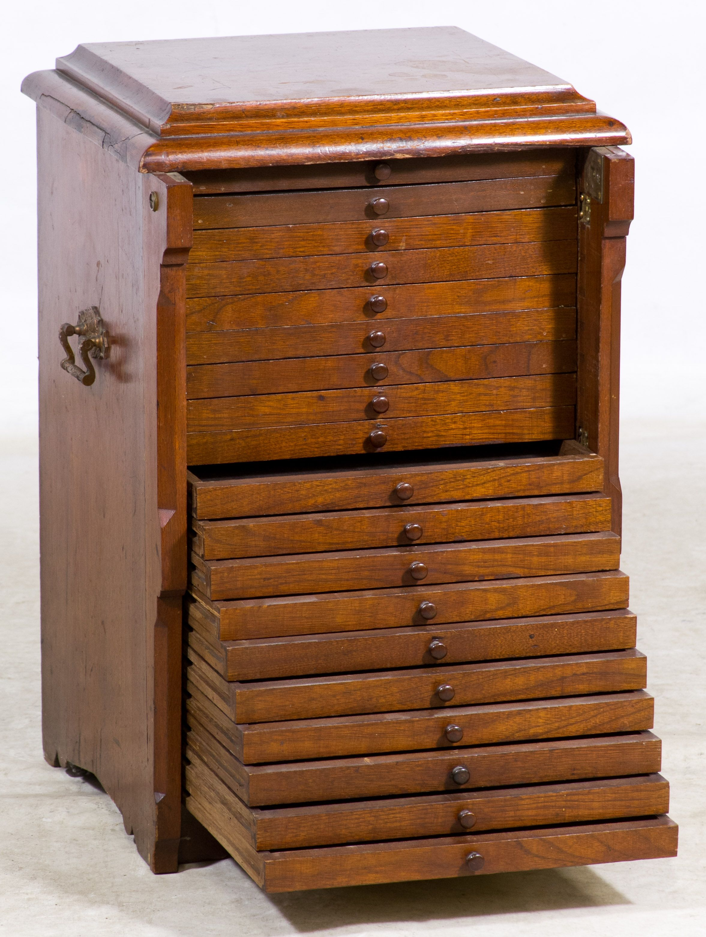 Lot 96 Walnut Jeweler S Cabinet Small Having Nine Shallow Drawers And Hinged Locking Trim