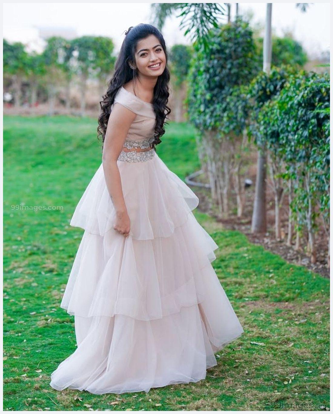 Rashmika Mandanna Beautiful HD Photos & Mobile Wallpapers