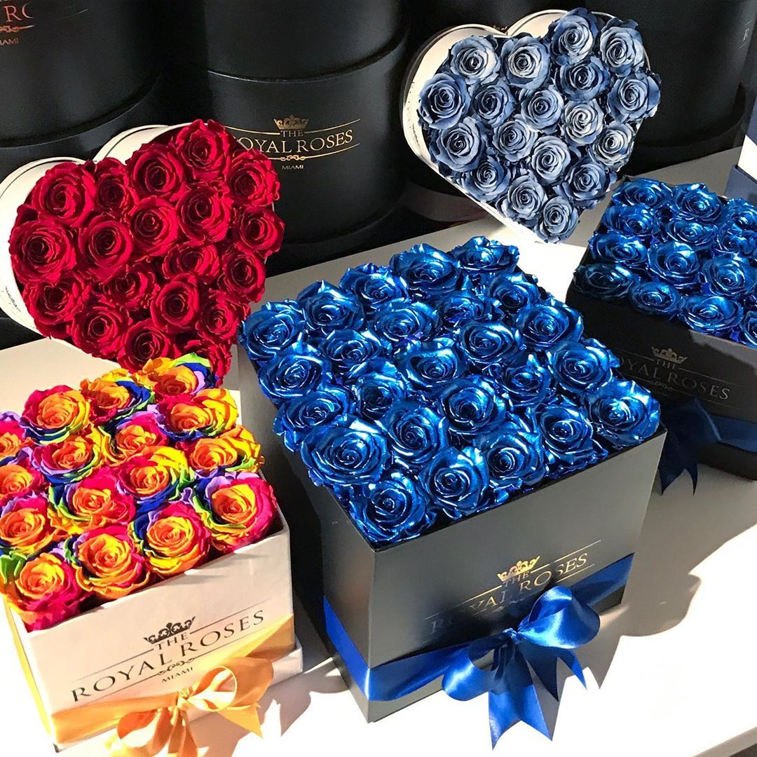 The Royal Roses On Instagram Metallic Collection These Roses Also Last Over 1 Year And Have An Amazing Metallic Metallic Colors Fashion Styler Seth Rollins