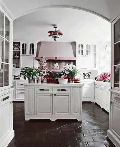 Beautiful Classic White Kitchen With Dark Stone Floors Kitchen Flooring Painted Floors Home