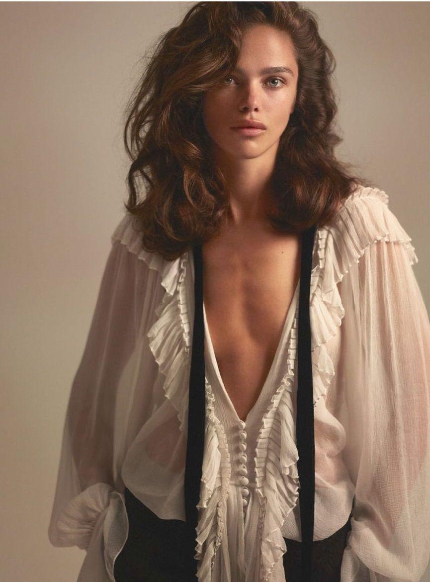 Liliana grethel pose desnuda