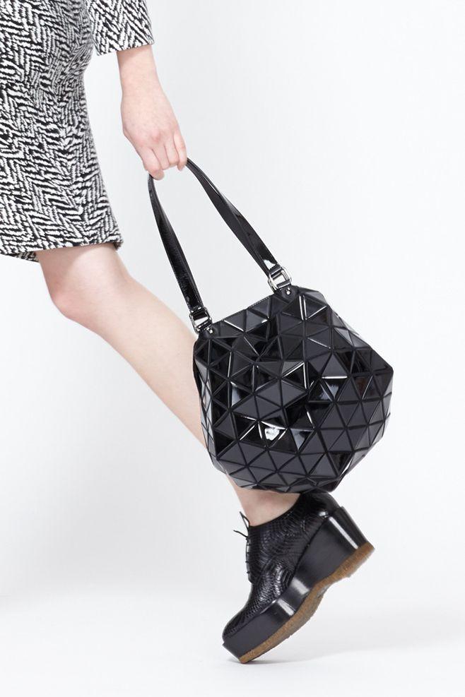 Bao Bao by Issey Miyake Planet Bag (Black)  1050  a15452789e382
