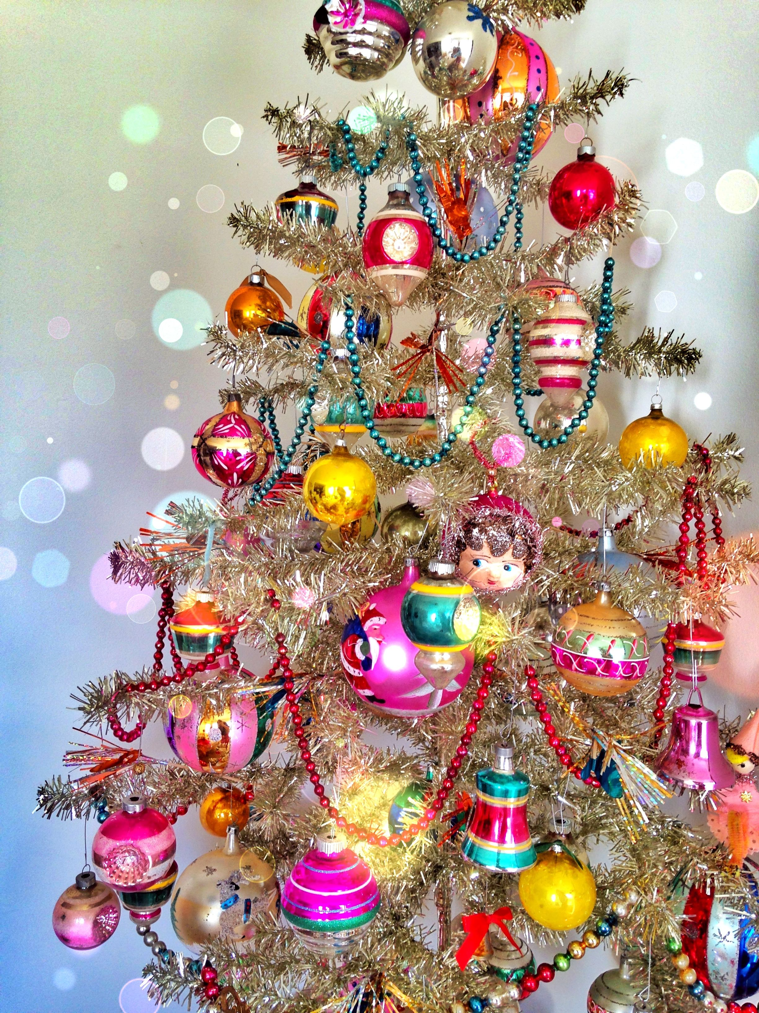 My Tinsel Tree Decorated W Shiny Brite S Vtg German My Handmade Doll Bulbs From Lisa Ket Vintage Christmas Ornaments Vintage Christmas Tree Vintage Christmas