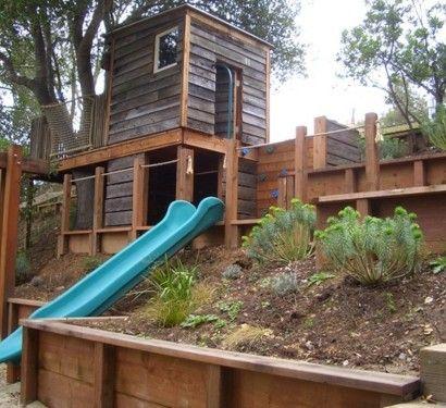 Kinder Spielhäuser Im Hinterhof   12 Traumhafte Kastelle Für Ihre Kleinen.  Jede Art Plattform Im Hinterhof, In Der Man Sich Verstecken Und Spielen  Kann .