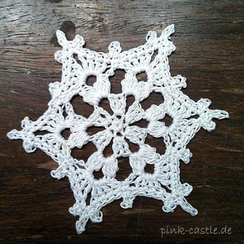 DIY Schneeflocken - gehäkelt oder gebügelt | Pinterest ...