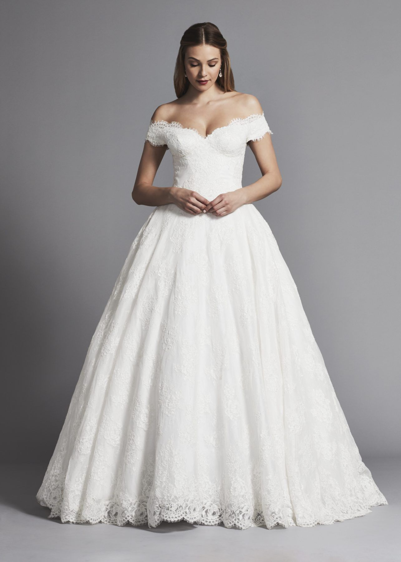 Off The Shoulder Lace Ball Gown Wedding Dress Kleinfeld Bridal Ball Gowns Wedding Wedding Dresses Lace Ballgown Wedding Dresses Lace