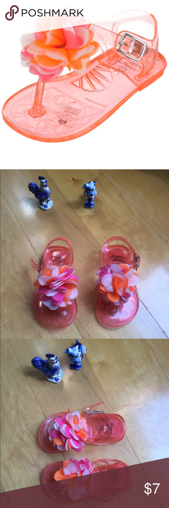fdba5a5d03e 🌸Cute baby girl jelly sandals 🌸 Baby girl size 5 jelly sandals. Worn  several times and flowers 🌺 are in excellent