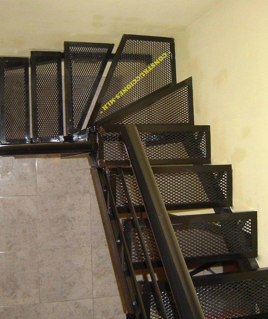 Escaleras metalicas home pinterest for Escaleras metalicas pequenas
