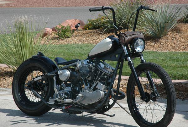 Pretty Interesting Bike Bobber Bikes Harley Bobber Vintage Bikes