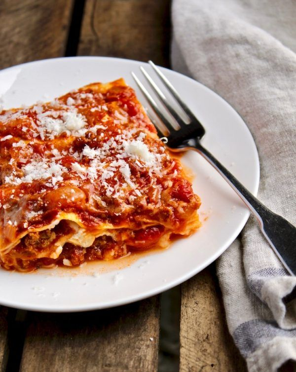 Mom S Classic Beef Lasagna Recipe With Cottage Cheese Recipe Lasagna Recipe Recipes Lasagna