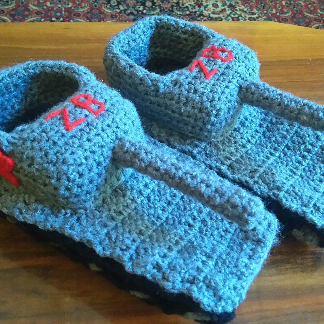 Tank slippers, crochet tank Slippers, panzer slippers, Panzer tank ...