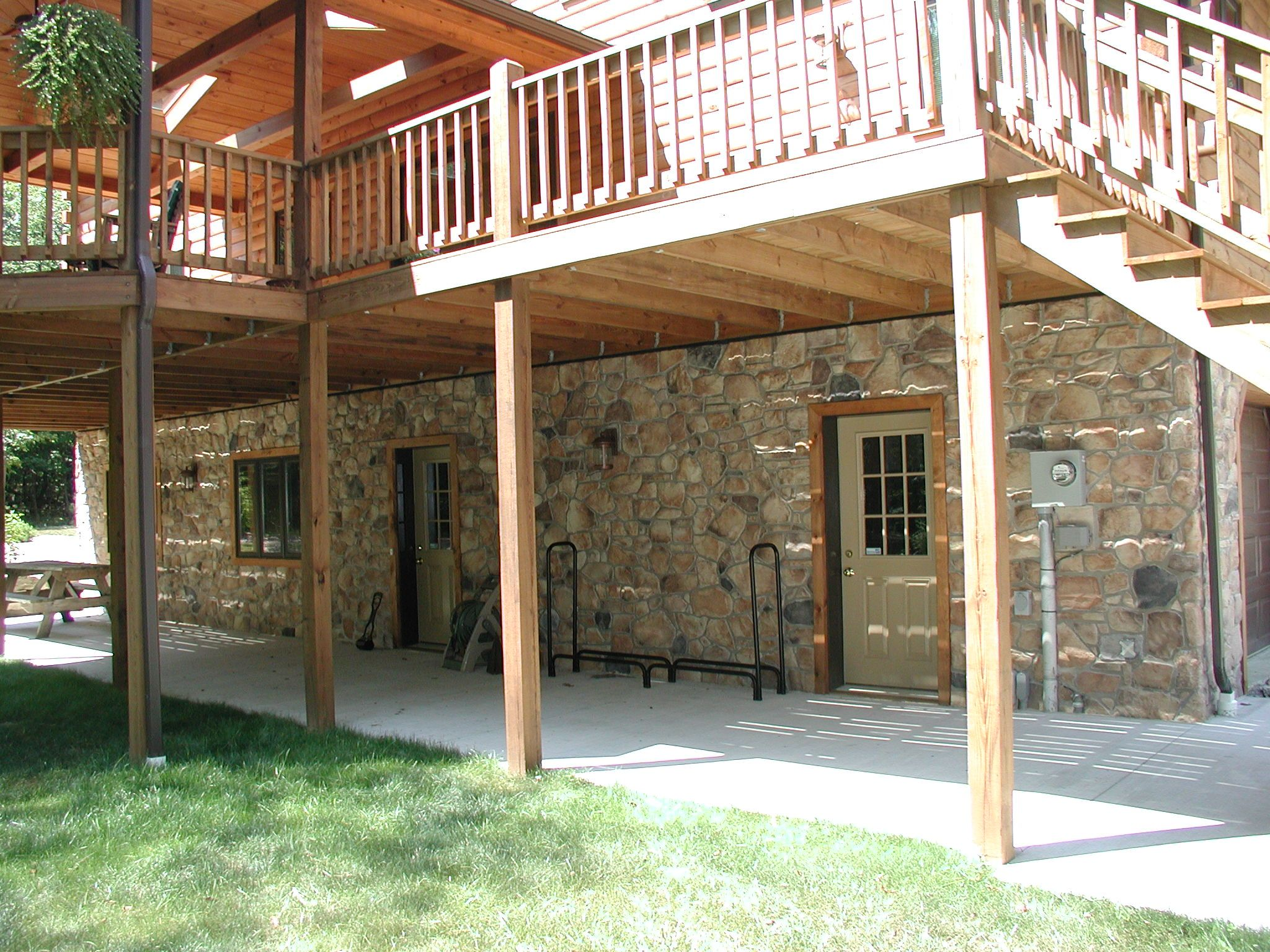 timber frame homes | ... Stone make it perfect for accenting log and timber frame homes