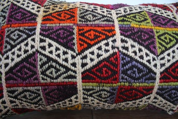 Super quality embroidery kilim pillow cover turkish lumbar pillow bohemian pillow vegetable dyes  ki