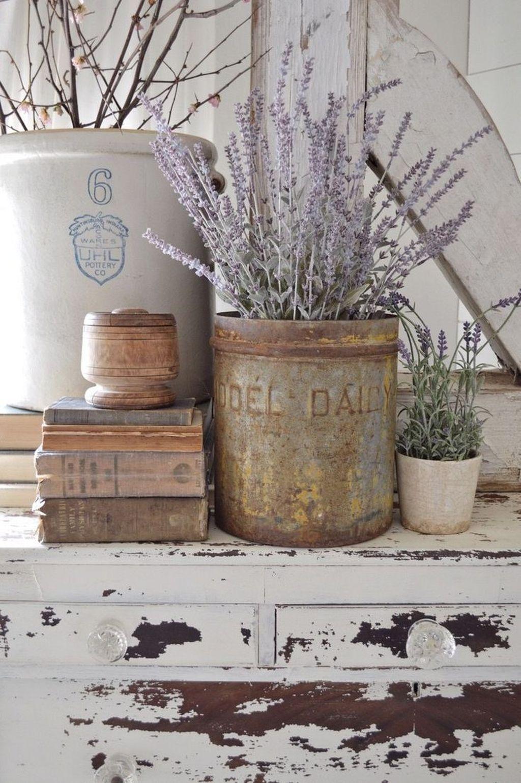 36 Gorgeous Antique Farmhouse Home Decoration Ideas #antiquefarmhouse