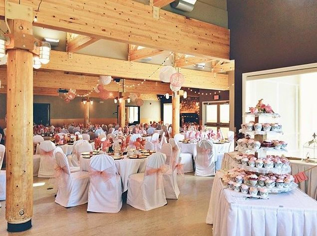 Snow Valley Ski Lodge Edmonton Wedding Venue Photo By Kristin
