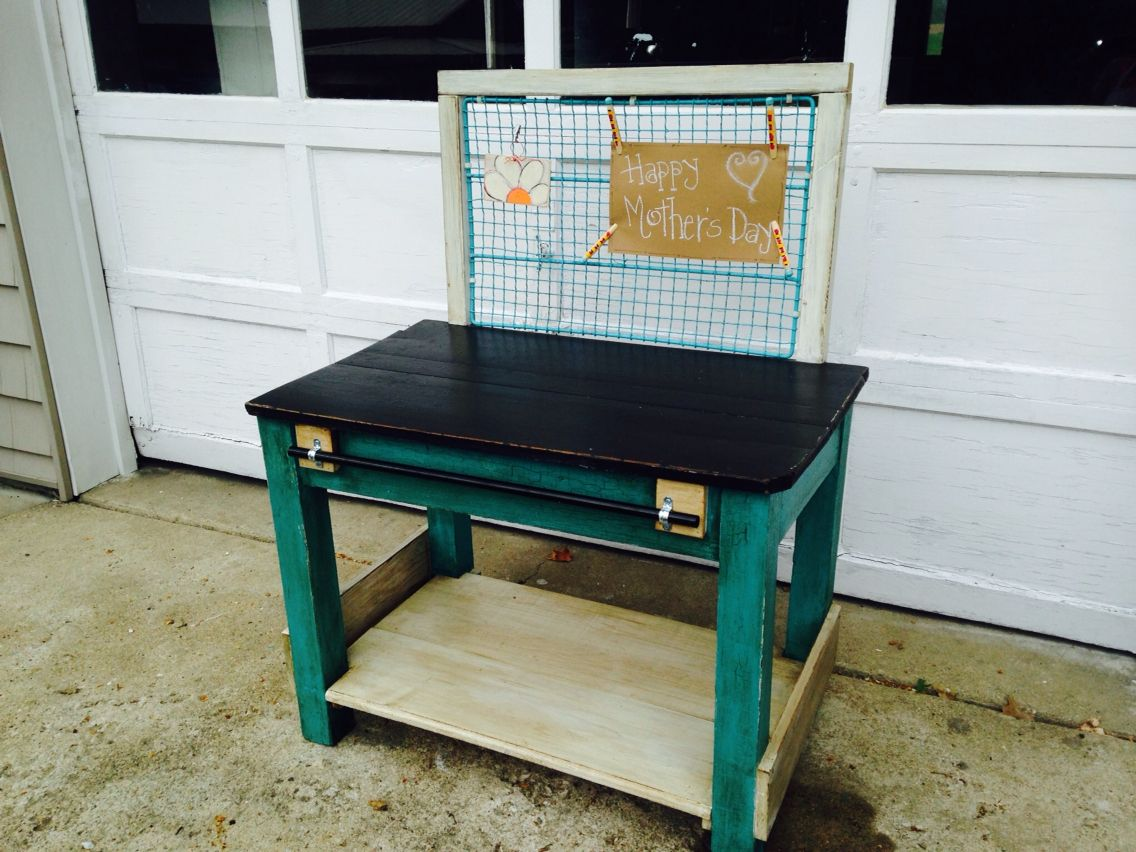 Reclaimed table turned to garden bench with chicken coop fencing used as well