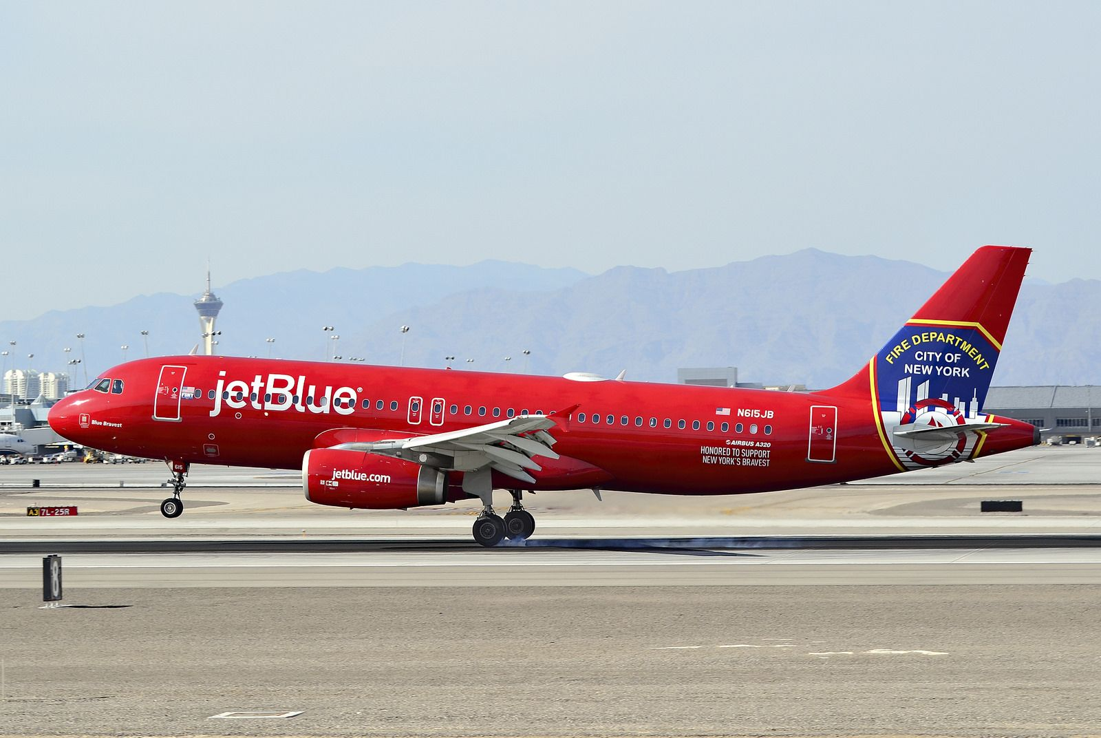 "N615JB 2005 jetBlue Airways Airbus A320232 C/N 2461 ""Blue"