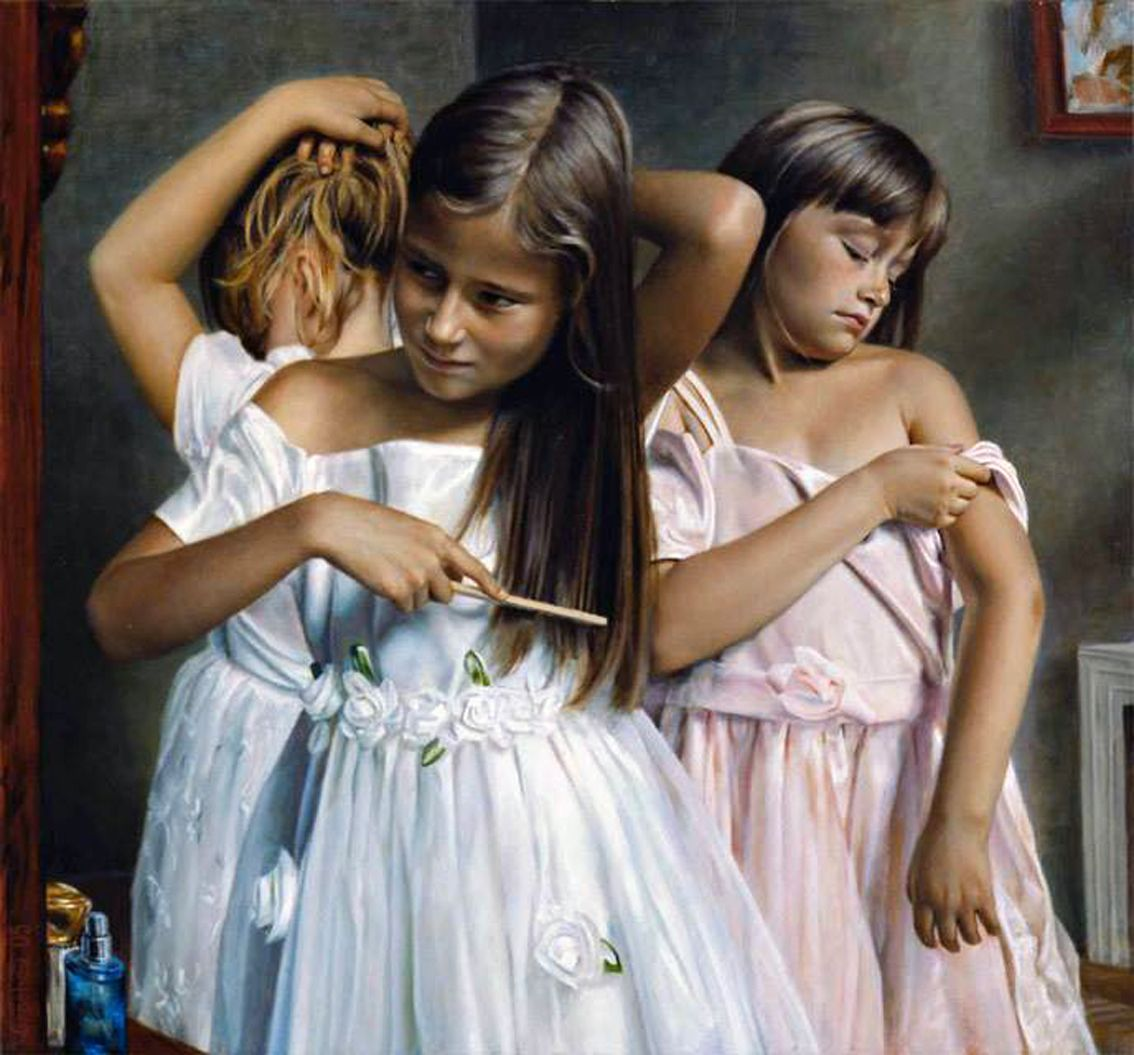 mom-father-young-and-girls-and-art-sleeve