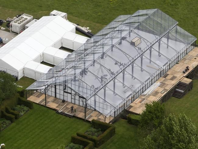 Pippa Middleton Wedding Marquee.Pippa Middleton Wedding See Inside The Giant Glass Marquee Where