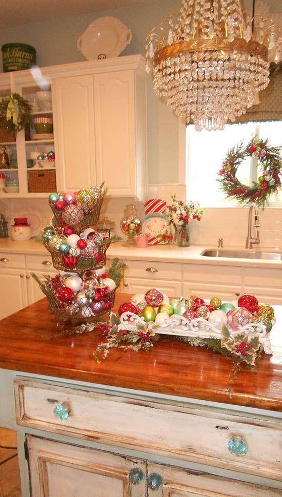 30 Stunning Christmas Kitchen Decorating Ideas Christmas Kitchen