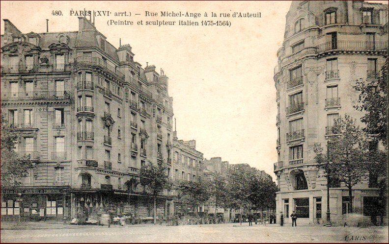 La rue MichelAngé au niveau de la rue d'Auteuil, vers