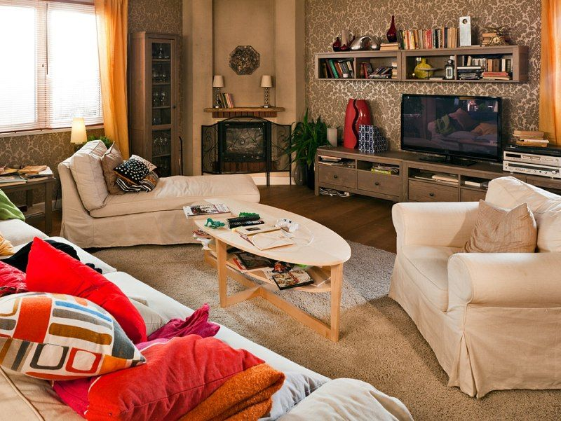 Odwiedzilismy Wnetrza Z Serialu Rodzinka Pl Poznajcie Boskich Opanowanego Ludwika W Tej Roli Tomasz Karolak Dynamiczna Nat Home Decor Interior Design Home