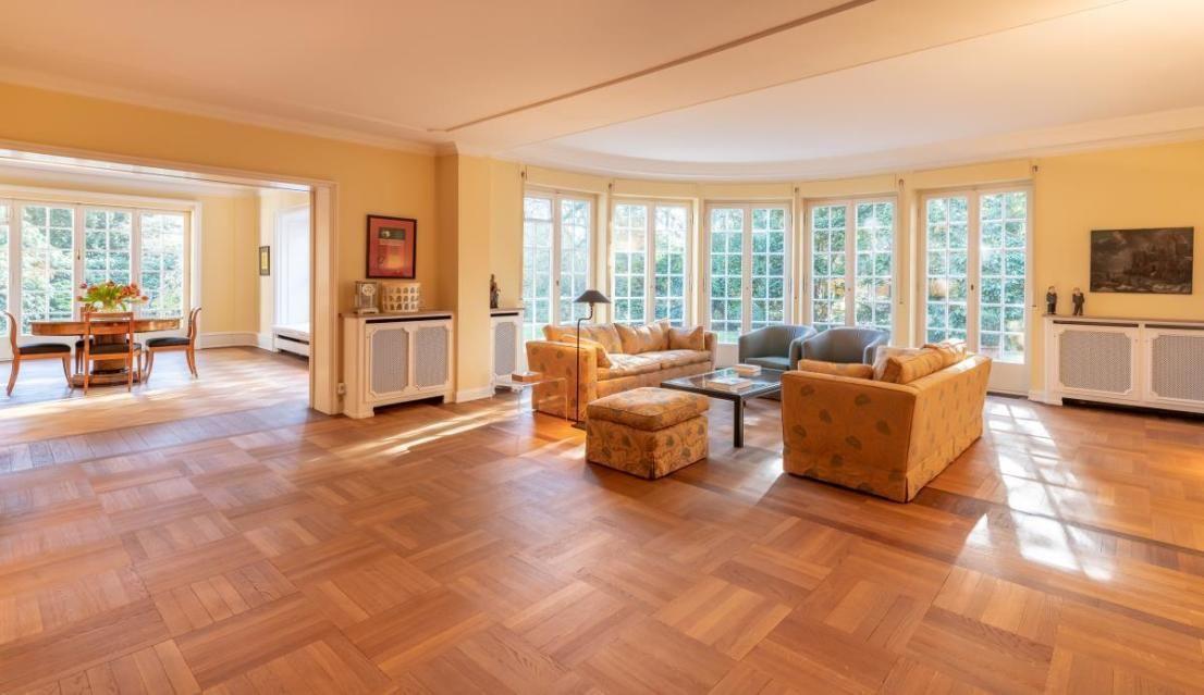 Klassische Villa Im Landhausstil Haus Villa Altbau Villa