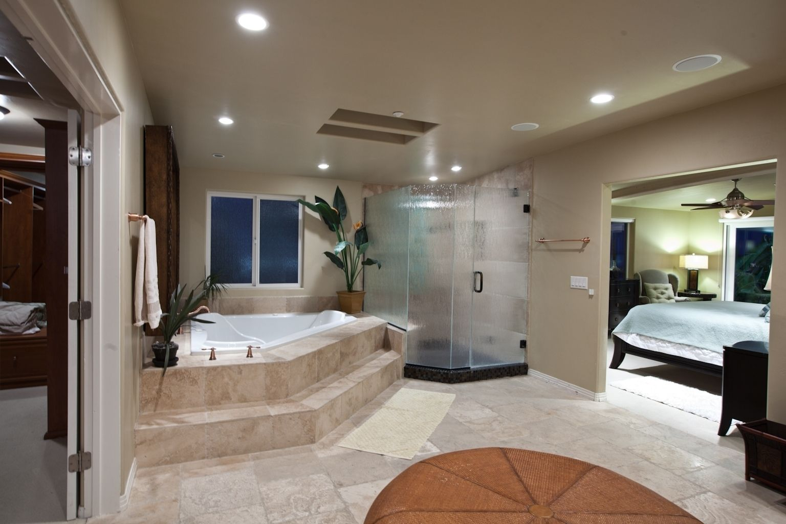 10 Latest Master Bedroom Bathroom Designs For Your Home Master Bedroom Bathroom Master Suite Bathroom Open Bathroom
