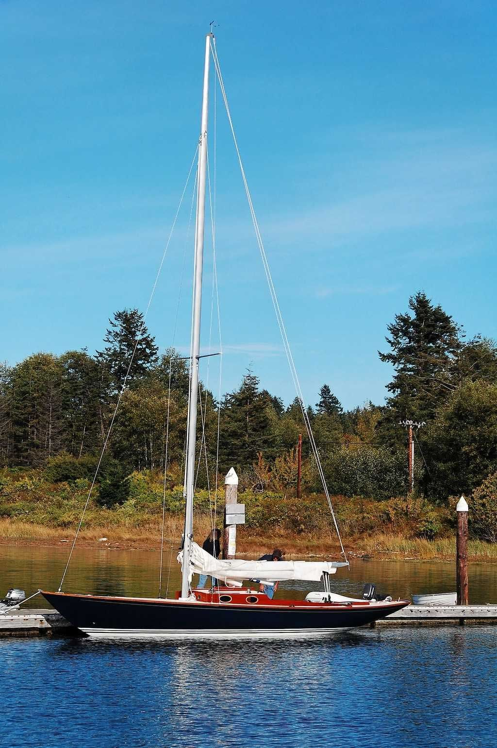 Converting an etchells classic small sailboats for Construire le belem