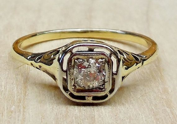 ART DECO 14K GOLD FILIGREE OLD EUROPEAN CUT DIAMOND RING.  PIECE is well made and in great condition. RING is a size 7.5 sizable  MATERIAL: 14K