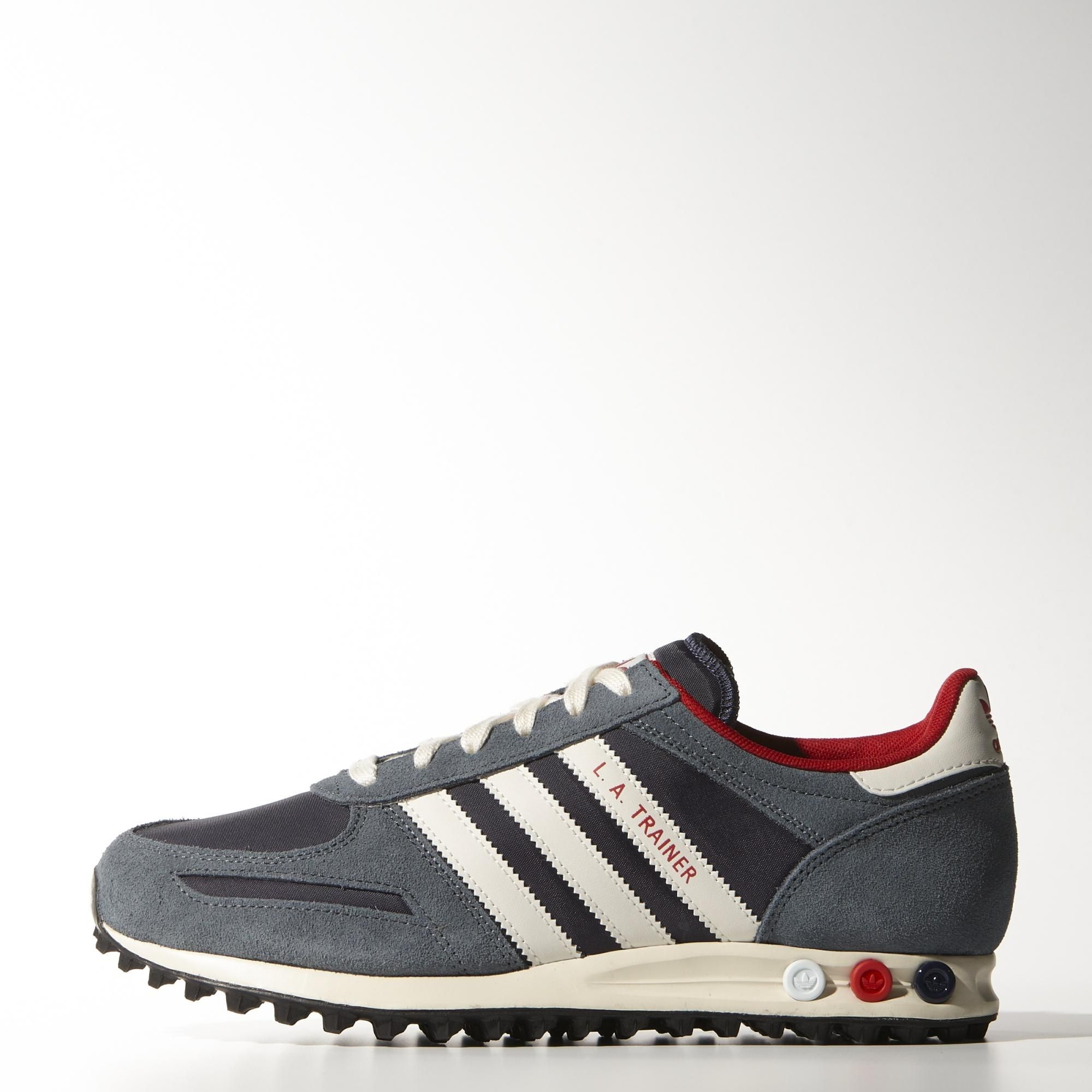 These Men S La Trainer Shoes Update The 80s Legend In Sport Inspired Colours Made With A Mesh And Leather Upper They Still Have The Ico Adidas Schuhe Adidas Und Schuhe