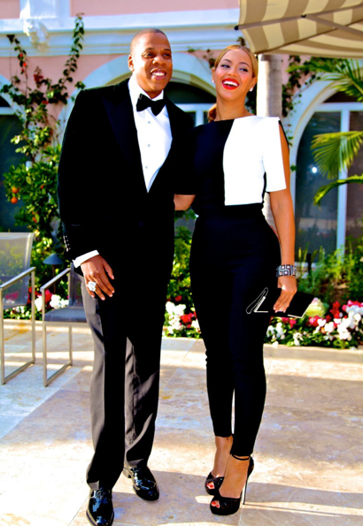 Love The Outfit Would Want To Dress Like This With My Man For A Pic Beyonce Queen Celebrity Couples Beyonce And Jay