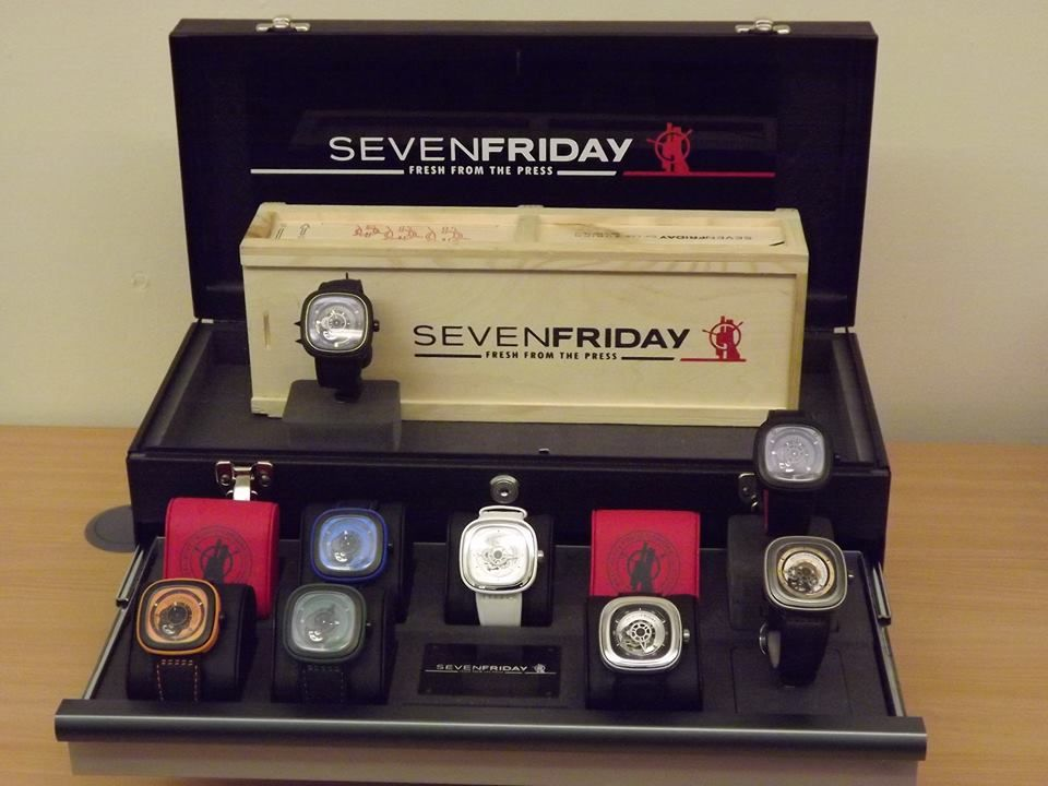 SEVENFRIDAY unconventional display... A TOOL CHEST