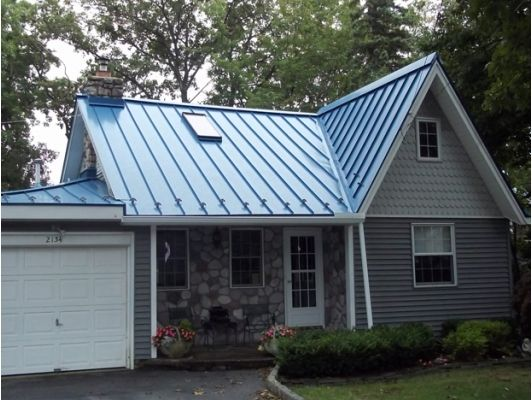 04a2c4fcf53eee5427c0070d384a8b39 - 37+ Small Blue Roof House Design Images