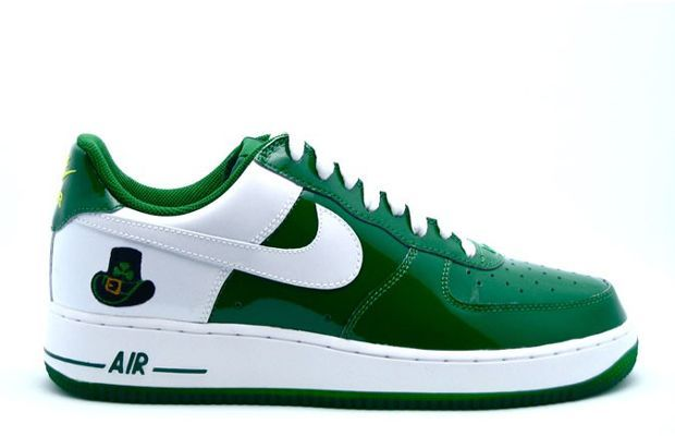 huge discount 0a41a 718e8 Nike Air Force 1 Low