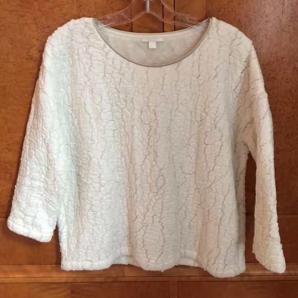 Top Ivory textured  3/4 sleeve Cos Sweaters Crew & Scoop Necks