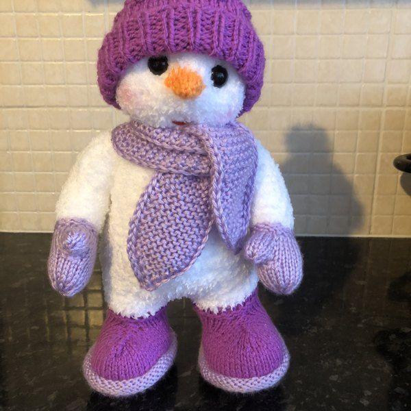 Snuggle The Snowman Knitting Pattern By Gypsycream