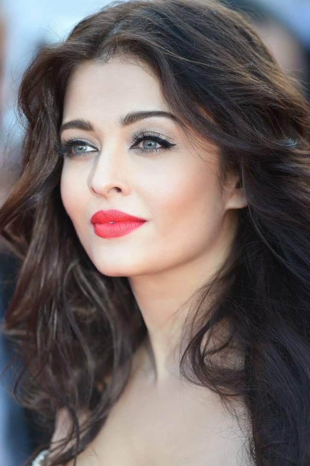 Look Beaute Cannes 2014 Aishwarya Rai Divine En 2018 Aishwarya