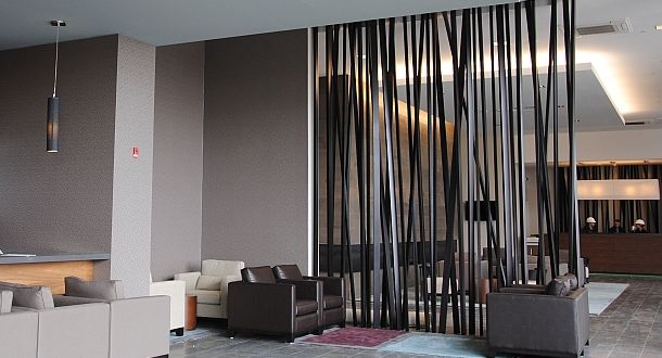 interessante und moderne raumtrennung mit raumteiler von willsens raumteiler room divider. Black Bedroom Furniture Sets. Home Design Ideas