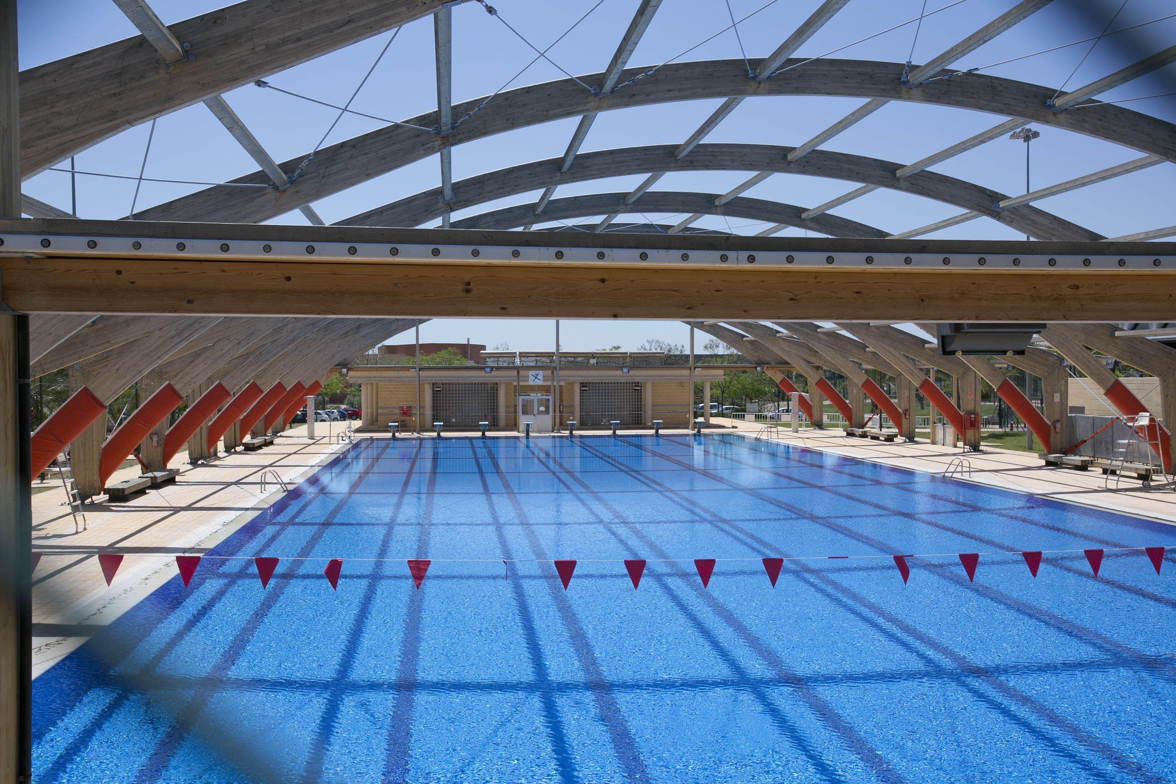 Piscina ol mpica en la umh campus de elche pinterest for Diseno grafico de piscina olimpica