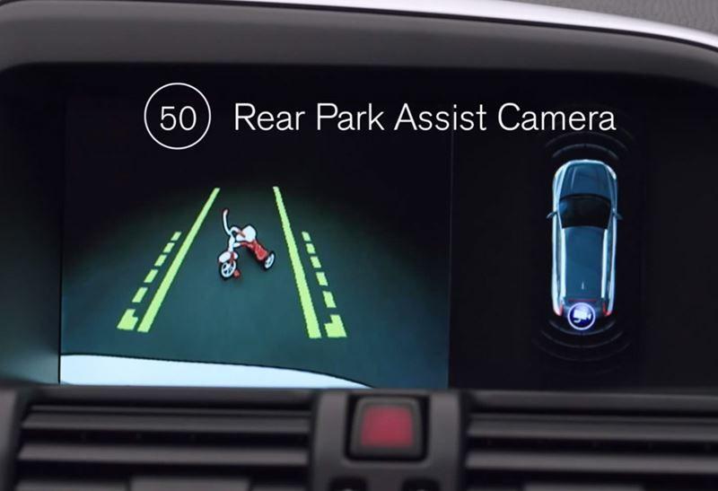Rear Park Assist Camera on the Volvo XC60 Luxury SUV | Volvo