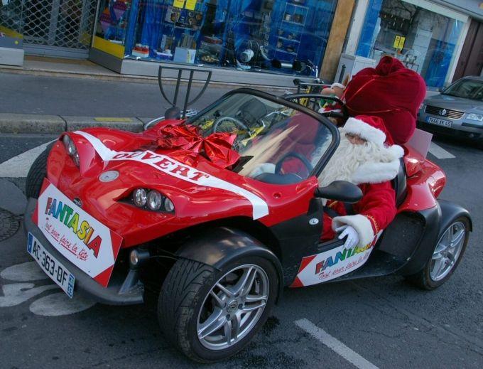 noel automobile Fantasia #automobile #voiture #noel #perenoel #quartierdesjantes  noel automobile